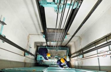 Монтаж и сервис лифтов
