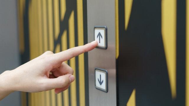 Грузопассажирский лифт в жилом доме и его функции