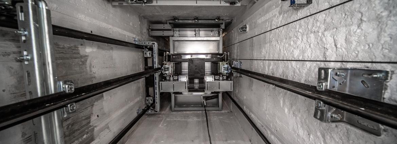 Выход лифта из строя - причины и признаки