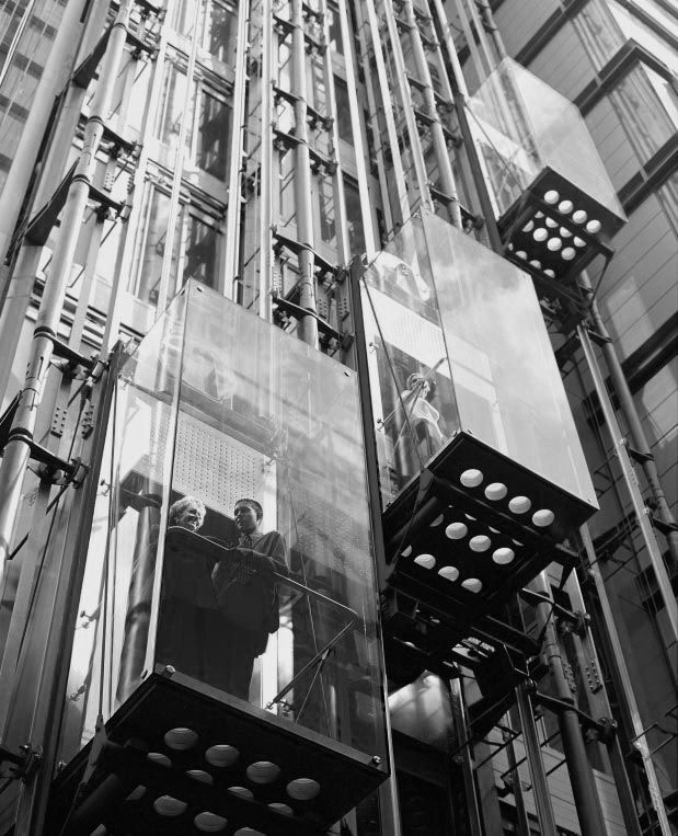 Пассажирские лифты панорамного типа